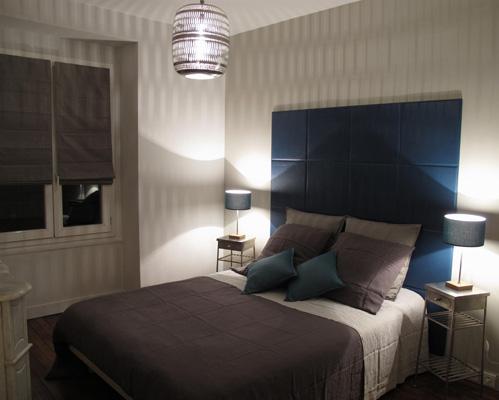 chambre t te de lit en cuir int rieurs sophie levitte. Black Bedroom Furniture Sets. Home Design Ideas
